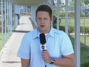 Paulinho treina es está relacionado para o jogo contra o Coritiba - Meia era dúvida por conta de lesão, mas após treinar sem dores com o time, foi relacionado pelo técnico Tite