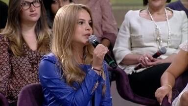 Bianca Salgueiro fala sobre a rotina dos estudos - A atriz passou em primeiro lugar no vestibular para engenharia
