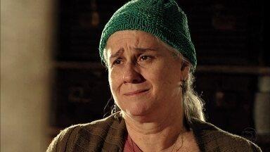 Lucinda se emociona com afirmação de Jorginho - O jogador revela já saber que é neto da catadora