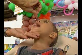 Primeiro dia de atualização da caderneta de vacinas é movimentado em Belém - Crianças menores de cinco anos podem ser vacinadas até a próxima sexta-feira (24).