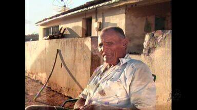 Conheça a história do agricultor 'Seu Francisco' - Agricultor perdeu a visão quando criança, ainda assim vence as dificuldades e trabalha como qualquer outro homem no campo