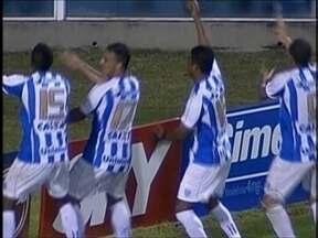 Na série B, duas derrotas e uma vitória - Avaí vence o Barueri de virada; Joinville perde para o Vitória; Criciúma perde e cai uma posição