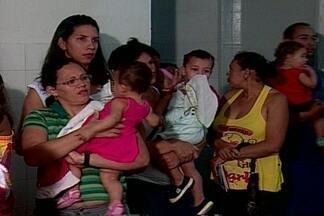 Várias crianças são vacinadas durante Dia D em Campina Grande - Dia foi de atualização do cartão de vacinas para crianças de até 5 anos.