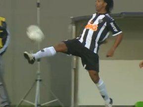 Botafogo joga bem, mas não segura o líder Atlético-MG - No reencontro entre Ronaldinho e Seedorf, melhor para o que joga no time mineiro.