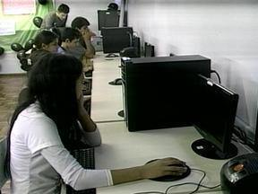 Alunos de escola de Erechim constroem maquete para entender o funcionamento da Internet - Surgimento e funcionamento da Internet é tema de aulas de informática.
