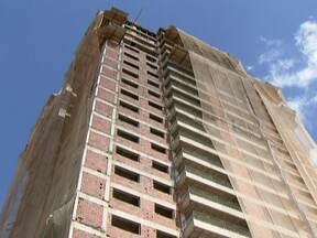 Moradores temem que serviços básicos não acompanhem expansão do Guará (DF) - A Terracap está vendendo lotes das novas quadras do Guará. Mas a expansão preocupa os moradores. Eles temem que os serviços básicos não acompanhem o crescimento da cidade.