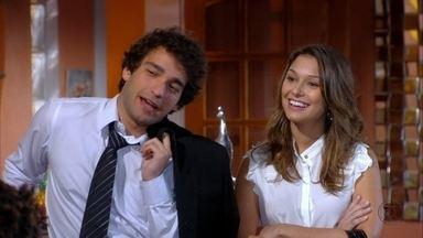 Cheias de Charme - Capítulo de quarta-feira, dia 29/08/2012, na íntegra - Elano começa a namorar Stela