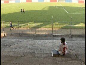 Paraná Clube volta a campo para agradar fã especial - Lúcio Flávio tem torcida exclusiva no confronto do Tricolor com o Guaratinguetá