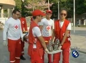 Cruz Vermelha espera 4 mil voluntários para ajudar no Círio - Trabalho voluntário ajuda devotos no dia da procissão.