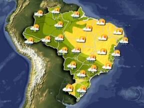 Temperatura cai em várias regiões do Brasil e pode até nevar no Sul - O frio voltou em vários lugares do país. Em plena primavera, a temperatura caiu em várias regiões. Uma frente-fria avança em direção ao Sudeste e Centro-Oeste, e o risco de mais temporais é grande. Nas serras do Sul, a expectativa é até de neve.