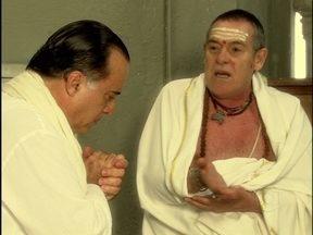 Relembre papel de José de Abreu em Caminho das Índias - Na trama de 2009, ele foi um Pandit, uma espécie de guru