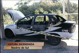 Viatura é incendiada em pátio de delegacia de Rosário do Sul - Caso está sendo investigado pela Polícia Civil