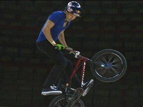 Daniel Dhers é o campeão do Pro Rad Jump Festival de BMX - Favorito, o venezuelano vence com 85 pontos cravados.