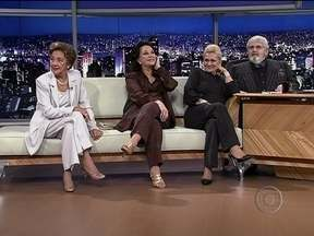 Jô Soares reapresenta o programa com Hebe Camargo, Nair Belo e Lolita Rodrigues - O apresentador presta uma homenagem à amiga Hebe Camargo com a reapresentação da entrevista exibida originalmente em 2000