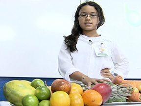 Alunos do litoral paulista fazem o Bem Estar dentro da sala de aula - O programa inspirou a feira de ciências de uma escola do Guarujá (SP). Meninos e meninas levaram para o colégio tudo o que aprenderam e até fizeram uma reportagem.