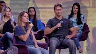 Psicóloga aconselha: 'Visitem a creche sem avisar' - Casal da plateia escolheu a creche a dedo
