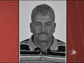 Vereador recém eleito morre em acidente de carro na BR-330 no sudoeste baiano - Segundo a polícia, o vereador teria dormido ao volante e invadido a contramão, batendo de frente com um caminhão tanque.