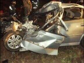 Motorista morre em acidente no sudoeste - Esposa dele, que também estava no carro, teve ferimentos graves