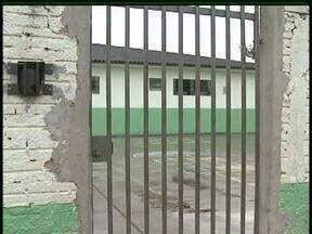 Alunos de uma escola de Prudentópolis passaram mal depois de comer lanche especial - Vinte estudantes tiveram intoxicação alimentar e alguns foram internados.