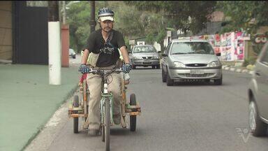Ciclista coreano percorre o mundo em bicicleta - Ele passou pela Baixada Santista, no litoral de São Paulo, nesta quarta-feira (10).