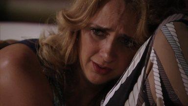 Ivana teme que a arma de Tufão seja encontrada - Ela explica para Muricy como a arma do irmão foi parar em suas mãos no dia da tragédia. Muricy garante que a arma nunca será encontrada. Os catadores, catando coisas no lixão, desenterram o revólver