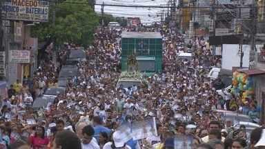 Católicos acompanham Círio de Nazaré, em Manaus - Programação contou com missas, carreatas e celebrações