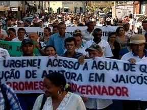 Agricultores do Piauí protestam para pedir ajuda para amenizar os efeitos da seca - Para discutir o problema da seca, foi formado um comitê com representantes do governo federal e do Piauí. Eles prometeram dar uma resposta aos pedidos dos agricultores em 15 dias.