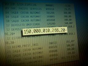 Aposentada recebe depósitos bilionários e vai parar na lista de devedores - Com uma renda de R$ 1.500 mensais, Maria Benedita viu em sua conta um depósito de R$ 150 bilhões. O valor foi retirado da conta e dias depois apareceu outro depósito, mas o estorno foi feito errado e ela ficou com uma dívida de R$ 27 milhões.