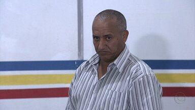 Homem de 54 anos é suspeito de estuprar adolescente de 13 - Eles foram flagrados por guardas municipais dentro de um carro no bairro Mangabeiras.