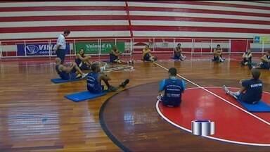 Time de basquete tem noite decisiva nesta quinta-feira (8) - A noite desta quinta-feira (8) será de decisão para o time de basquete de São José. O time faz a quinta partida contra Bauru, na semifinal do paulista, no ginásio Panela de Pressão em Bauru.