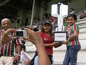 Fluminense pode ser campeão brasileiro neste domingo (11) - Com uma vitória sobre o Palmeiras, e uma derrota ou empate do Atlético-MG contra o Vasco, o tricolor garante o título. Também pode ser campeão com um empate. Nesse caso, o Atlético precisaria perder pro Vasco e o Grêmio não vencer o São Paulo.