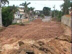 Obras no Santo Inácio deixam ruas bloqueadas - Veja no Radar do ParanáTV