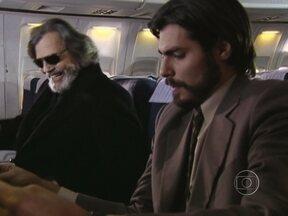 Novelão: Assista à segunda parte de O Beijo do Vampiro - Trama de Antonio Calmon foi exibida em 2002