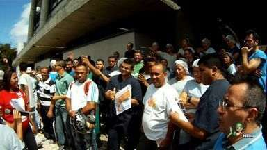 Funcionários do IJF param atividades devido a atrasos - Eles prometem retornar às atividades quando salários forem pagos.
