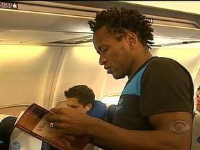 Grêmio chega à Colômbia para enfrentar o Millonarios - Veja como foi a viagem dos jogadores.