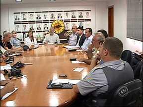 Empresários de Jundiaí, SP tomam decisões sobre o comércio para o Natal - Empresários e representes de órgãos de segurança pública, se reuniram nesta terça-feira (13), e discutiram as ações necessários para o comércio de Jundiaí (SP) no próximo natal.