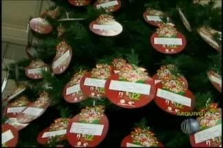 Natal Presente já presenteou cerca de 22 mil crianças desde 2003 - A campanha Natal Presente, realizada pela TV Diário, já presenteou mais de 20 mil crianças desde 2003, quando começou. Em 2012, cerca de 3,5 mil crianças estão cadastradas para receber os presentes.
