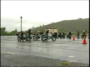 Militares do Exército participam de curso de motopatrulhamento em Juiz de Fora, MG - Atividades são conduzidas pela 4ª Região de Polícia Militar.