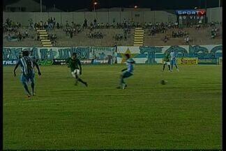 Zagueiro Leandrinho faz contra para o Icasa - Elanardo cruza na área e a zaga do Paysandu faz contra!