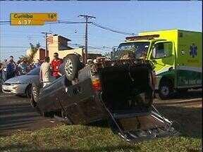 Dois acidentes acontecem quase ao mesmo tempo e matam três pessoas em Foz do Iguaçu - Um foi na saída da cidade e o outro próximo ao trevo de acesso à Argentina