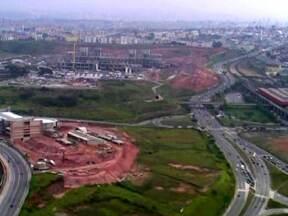 """Projeto São Paulo 2040 prevê construção de """"Polos de Oportunidades"""" - O projeto é um plano para melhorar a capital em áreas como mobilidade e habitação. O estudo prevê a construção de dois polos que tem o objetivo de levar oportunidades de emprego e promover o desenvolvimento de bairros que ficam longe do centro."""
