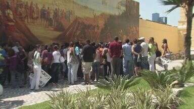 Servidores da Saúde de São Vicente voltam a trabalhar - Trabalhadores continuam alerta.