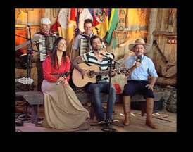 Sérgio Reis e Lucas, da Fresno, participam do Galpão Crioulo - Programa destacou a Festa Nacional da Música neste domingo (2).