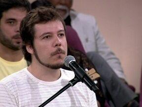 João Cavalcanti diz que inveja é mais explícita no meio musical - O cantor e compositor fala da admiração por colegas e parceiros
