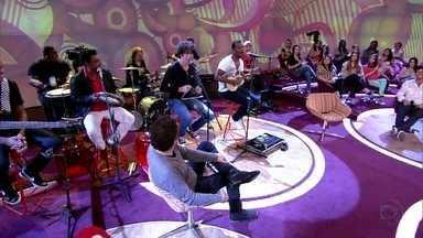 Sambô canta 'This Love' - Grupo fez versão em samba para sucesso do Maroon 5