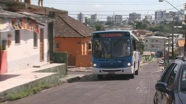 Problema de ônibus no bairro São Jorge continua em Manaus - Moradores no bairro São Jorge continuam enfrentando problemas no transporte coletivo. Atrasos continuam acontecendo diariamente neste local.