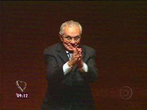 Ana relembra amizade com Hebe: '30 anos de convivência, muito antes da TV' - Hebe, Niemeyer, Wando, Marcos Paulo, Anysio e Whitney faleceram em 2012