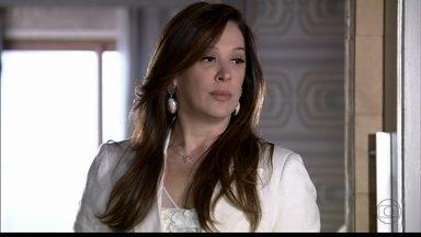 Lívia ameaça Wanda - Morena recebe um vídeo enviado pela vilã e se preocupa com o filho
