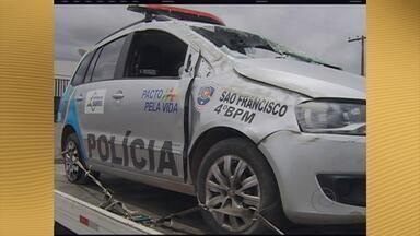 Dois homens se envolvem em acidente durante perseguição policial em Caruaru - Perseguição começou no bairro Cidade Jardim e só terminou em trecho da PE-95, na saída de Caruaru para Riacho das Almas.