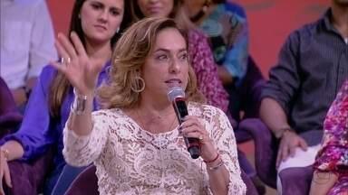 Cissa Guimarães sobre casamento: 'Eu tenho medo de assinar papel' - Atriz é passional e acredita que amor é entrega